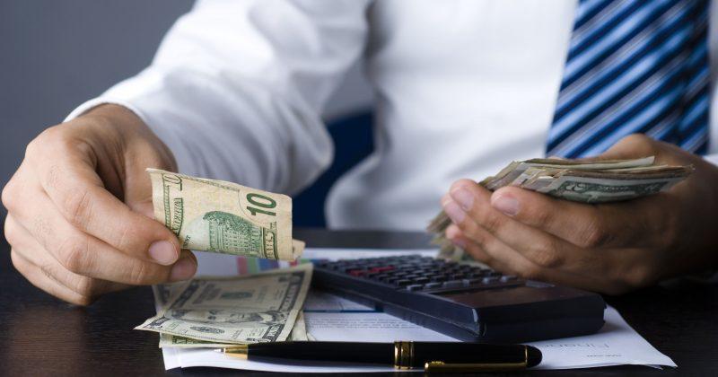Маленькая книга, которая создает богатство — Пэт Дорси об экономических рвах